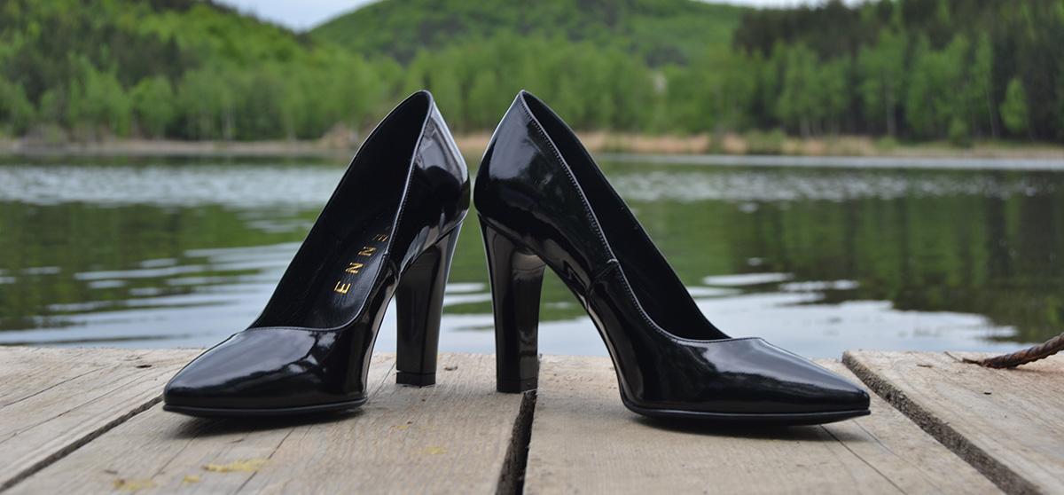 pantofi cu toc patrat