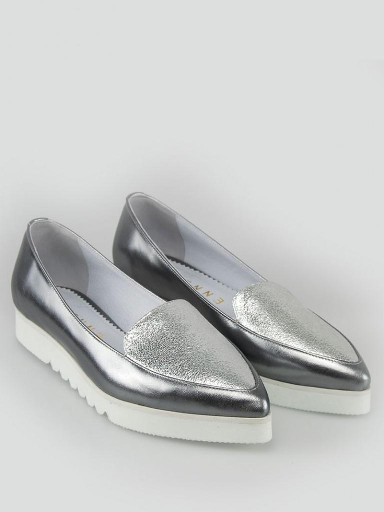 mocasini de dama argintii cu varf ascutit