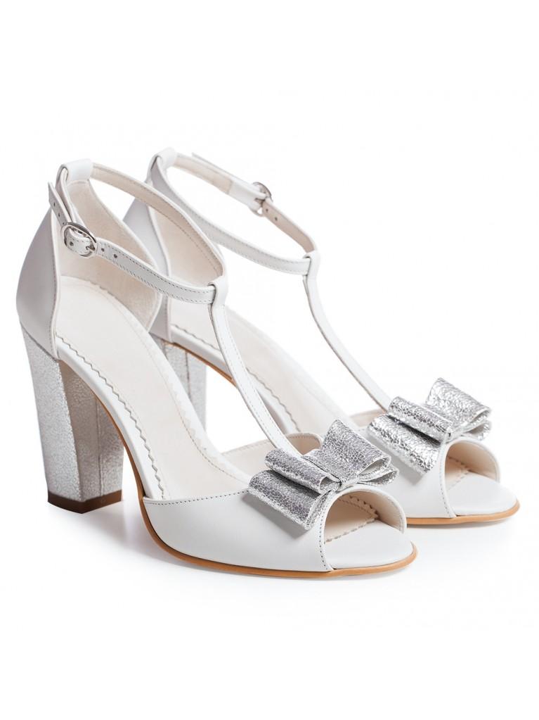 Sandale de mireasa albe cu toc gros si funda Chic
