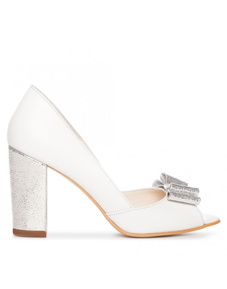 Pantofi de mireasa albi cu toc gros si funda argintie Chic