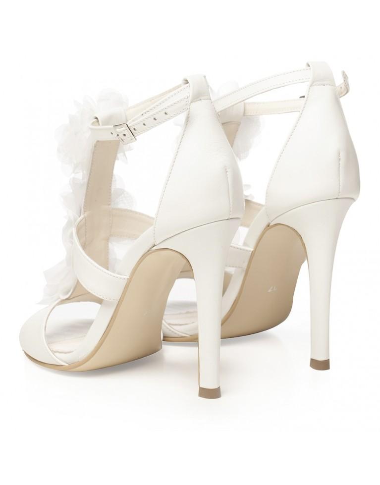 Sandale de mireasa albe cu flori satin si accesoriu pietre Bianca