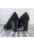 pantofi cu varf rotund si toc gros din piele intoarsa